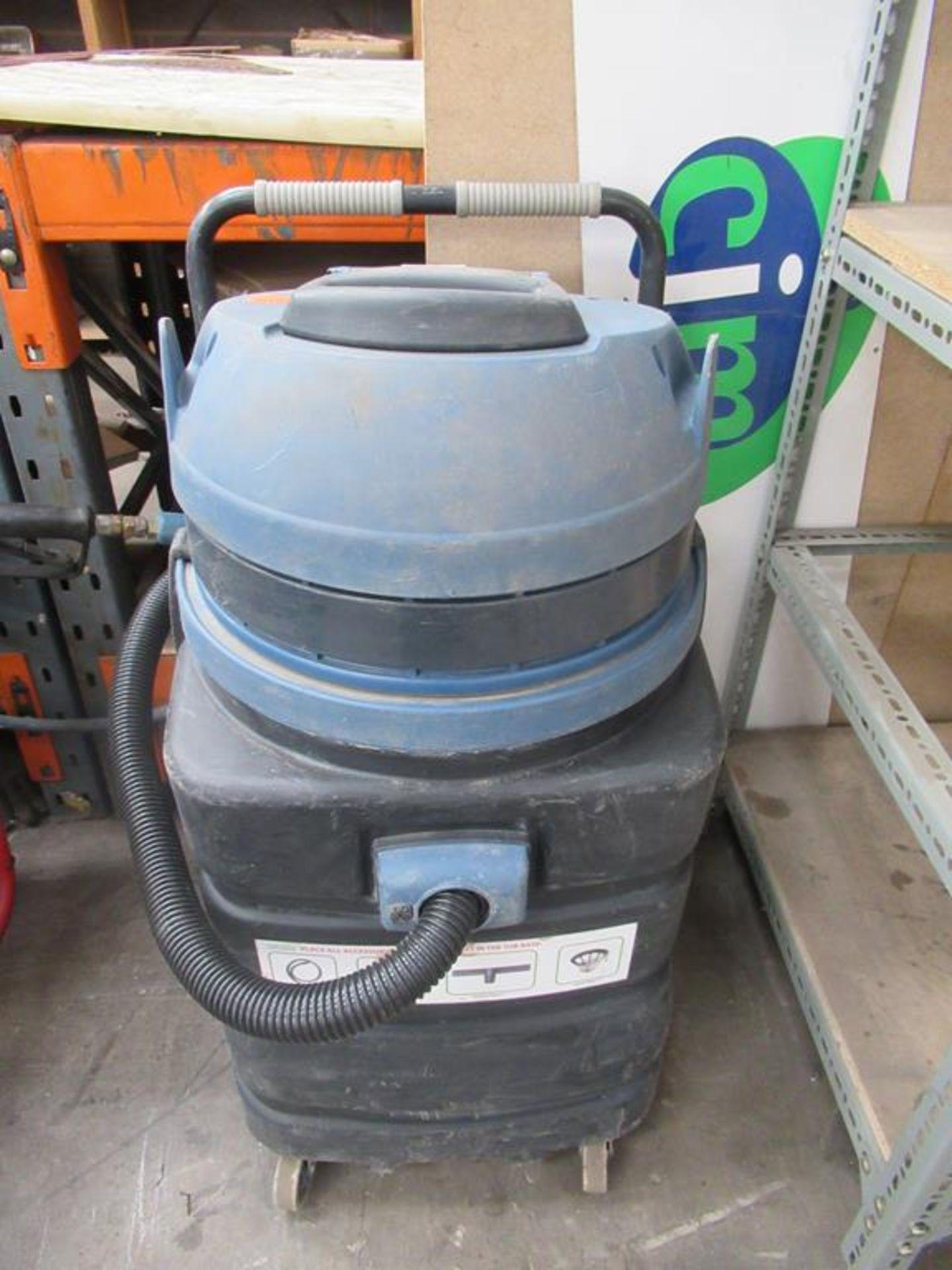 Vegas 429 110V vacuum cleaner