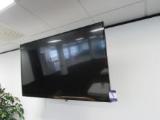 Techwood 55A04 USB 55in TV with Wall Mount