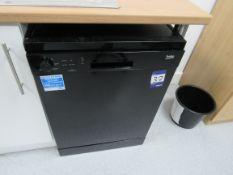 Beko DFN05R10B Freestanding Dishwasher