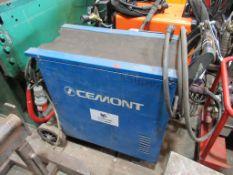 A Cemont compact 270T Bluemaster welder
