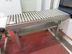 Soco System Gravity Feed Roller conveyor