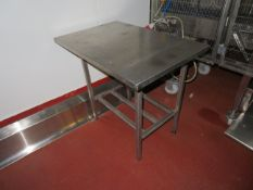 3 x SS preparation benches, 1 x SS mobile trolley