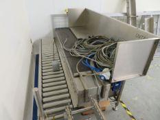 Unitech Engineering Packaging station. Driven Roller Conveyor