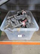 x20 Gross Stabil Edge Clamps in Plastic Crate