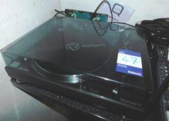 Numark TT250 USB Record Player