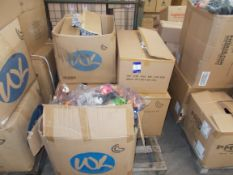 5 x Boxes of various soft toys, to pallet