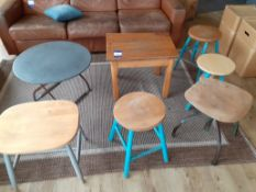 2 Low Tables with 5 Various Stools