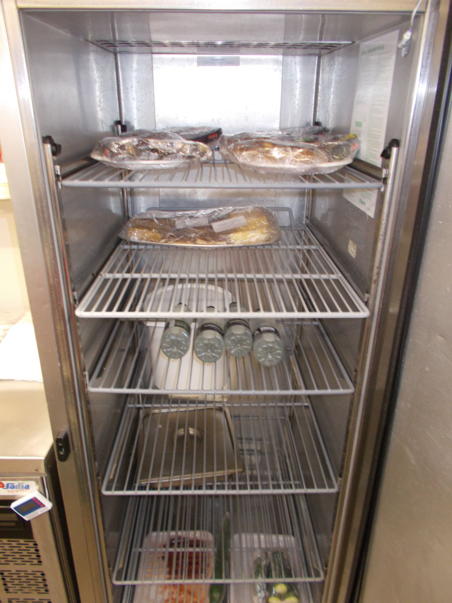 Foster Supra upright commercial refrigerator. Dimensions: H: 6ft 9 x D: 2ft 8 x W: 2ft 4 - Image 3 of 3