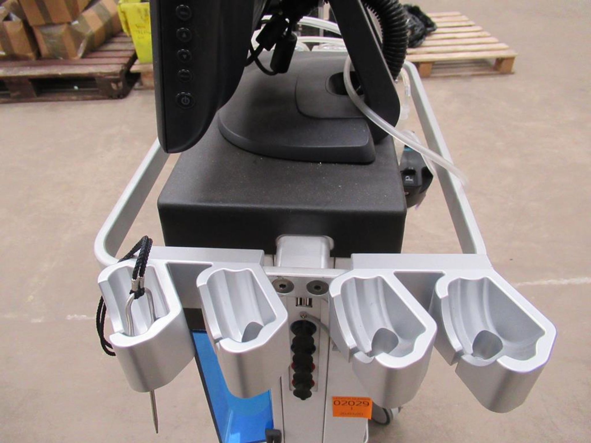 Hydra Facial MD Tower System - Image 7 of 9
