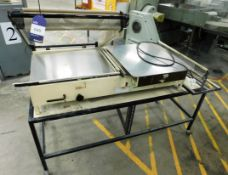 L-Sealer with Mobile Table