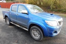 Toyota Hilux Invincible Double Cab Pick-Up Registr