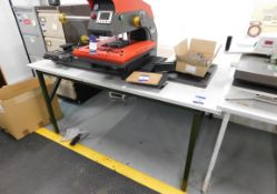 Workstation (1800x1250)