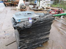Approx. 18 to pallet, Auction Air Multileaf volume
