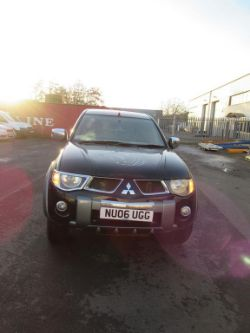 Mitsubishi L200 Animal (2006) and Stock of New Tyres