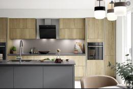 Eggar Halifax oak kitchen range, approx. 10438 pieces, including doors, drawer fronts inc cornice