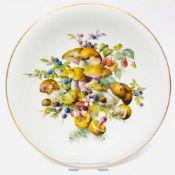 Großer Wandteller / Zierteller / Schale: Meissen Porzellan. Pilz- und Fruchtmalerei. Gold, sehr