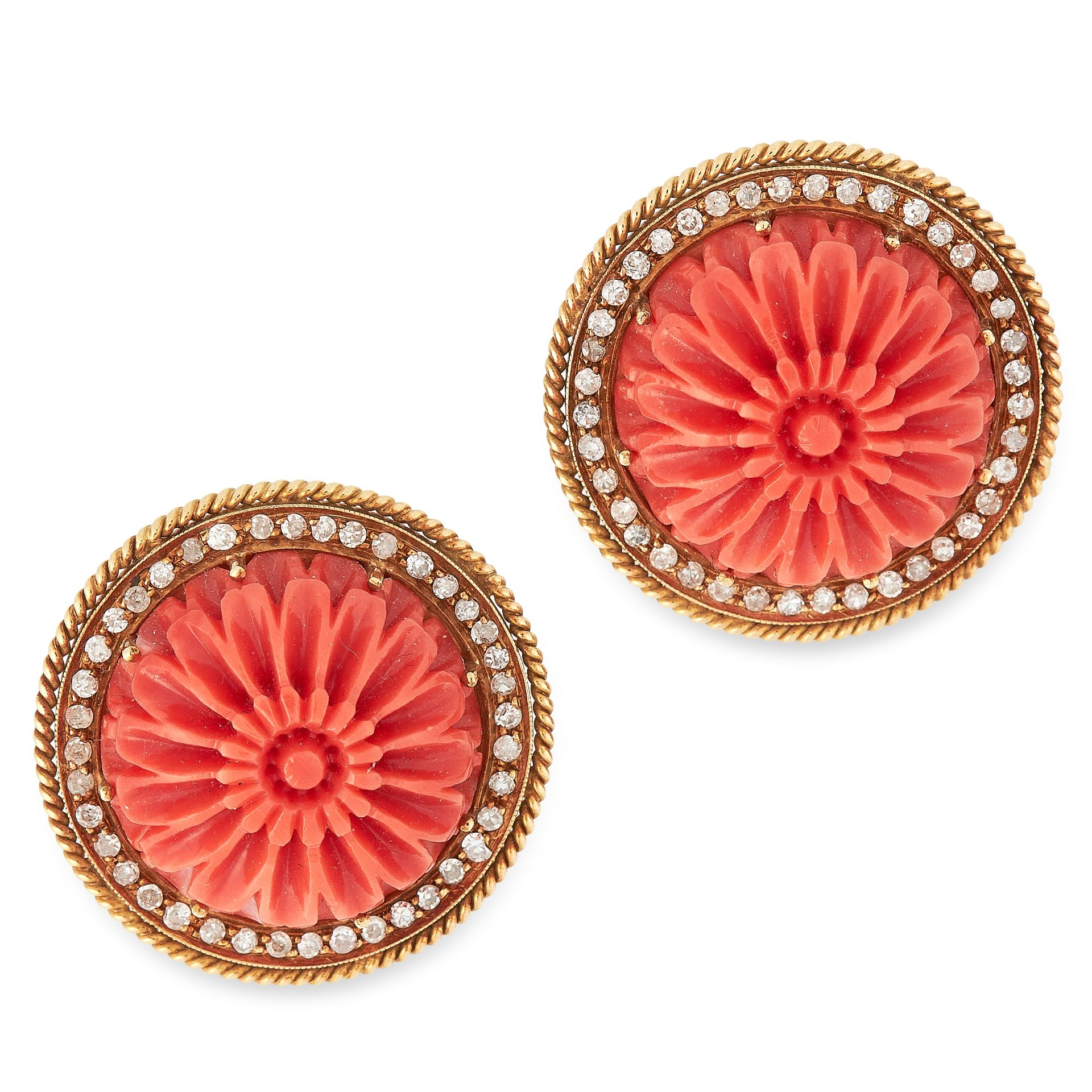 Los 13 - A PAIR OF CARVED CORAL AND DIAMOND EARRINGS in 18ct yellow gold, each set with a circular piece of