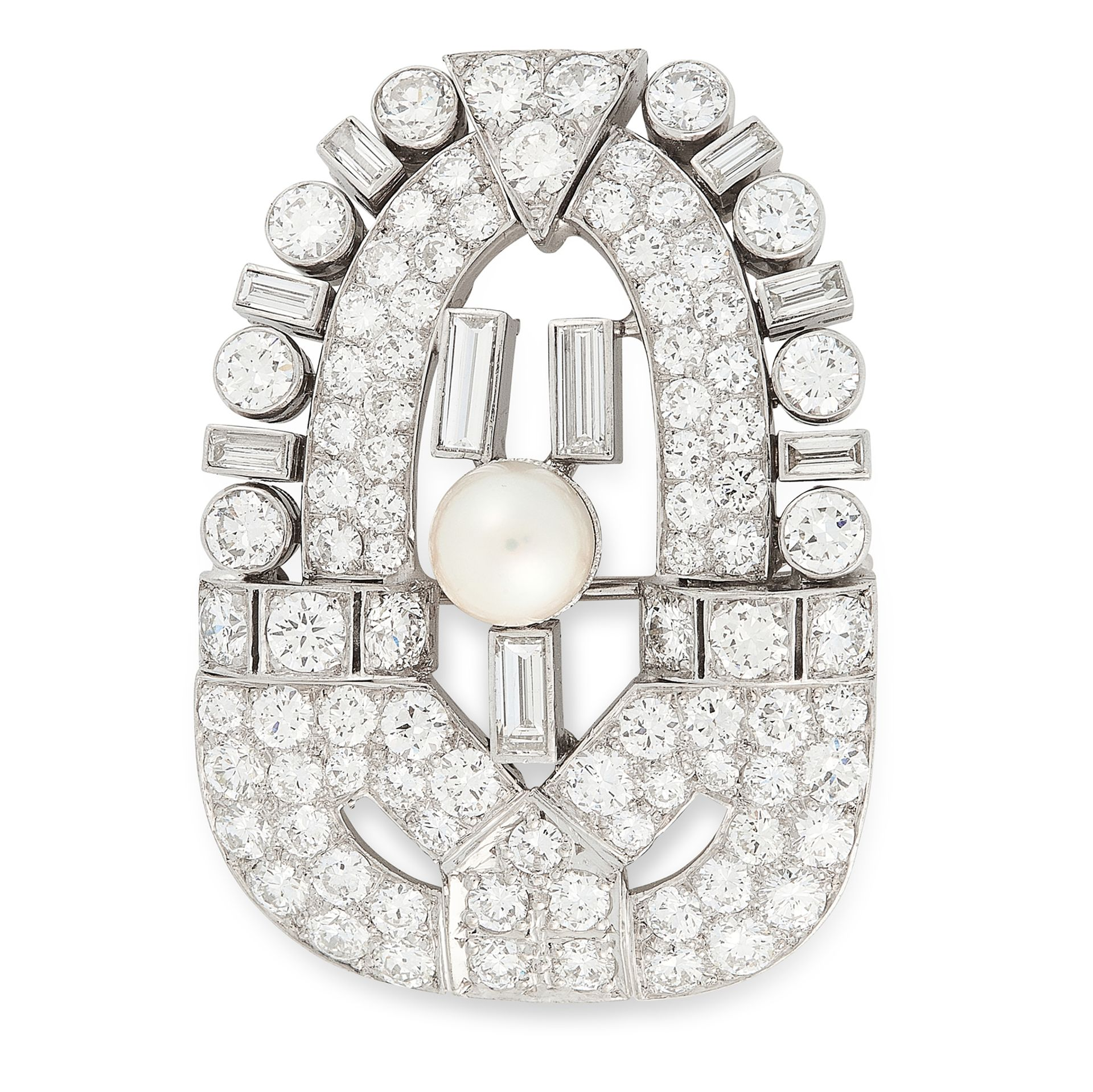 Los 4 - A PEARL AND DIAMOND BROOCH, CIRCA 1950 of shield design, set at the centre with a pearl of 6.9mm,