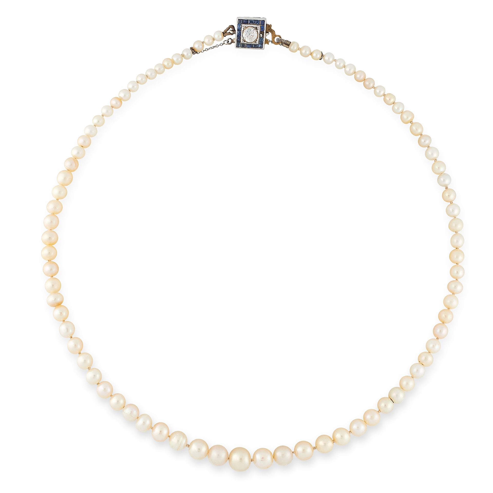 Los 36 - A NATURAL PEARL NECKLACE comprising a single row of eighty one pearls ranging 7.0-3.3mm, on a