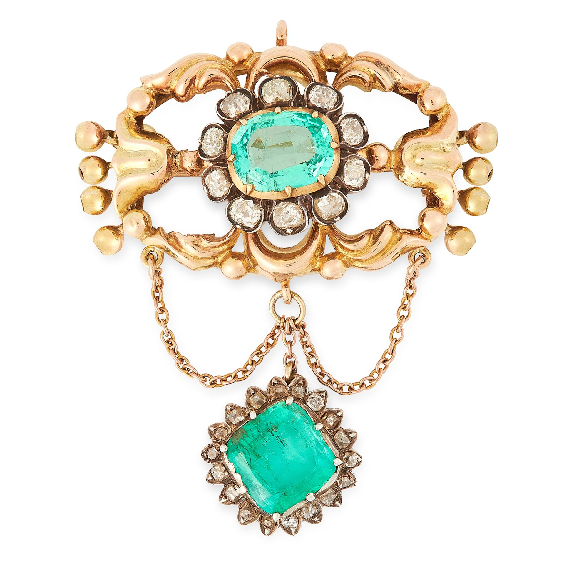 Los 18 - AN ANTIQUE EMERALD AND DIAMOND BROOCH in high carat yellow gold, set with a central oval cut emerald