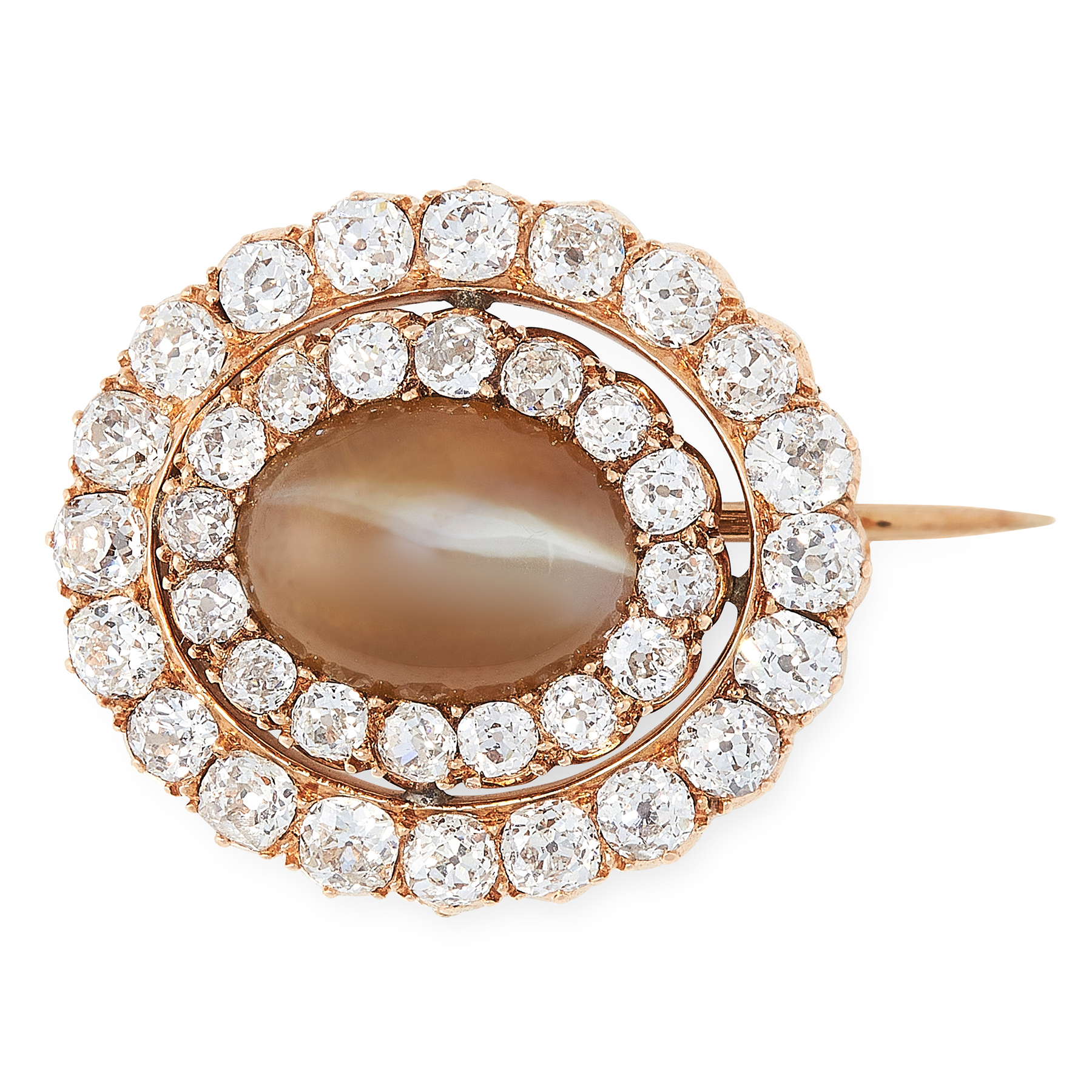 Lot 29 - AN ANTIQUE CATS EYE CHRYSOBERYL AND DIAMOND BROOCH in high carat yellow gold, set with an oval