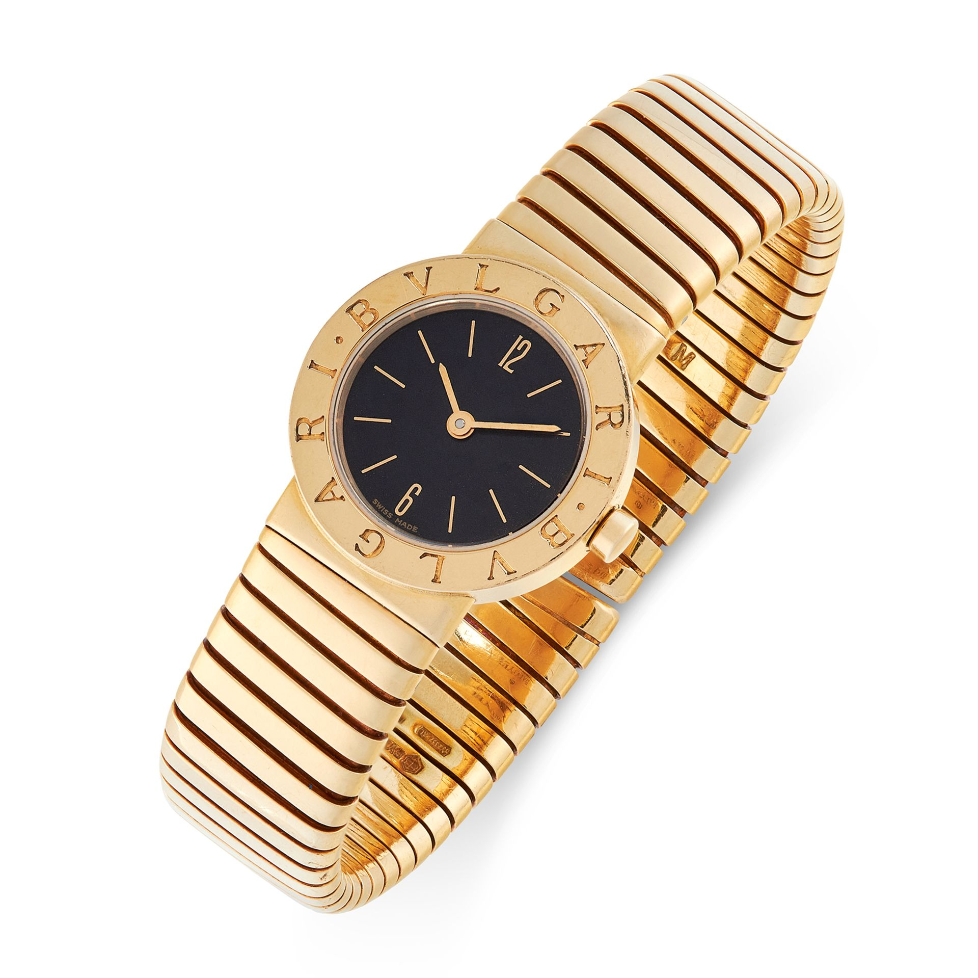 Los 111 - A GOLD TUBOGAS WRIST WATCH, BULGARI in 18ct yellow gold, set with a black face, signed Bulgari,