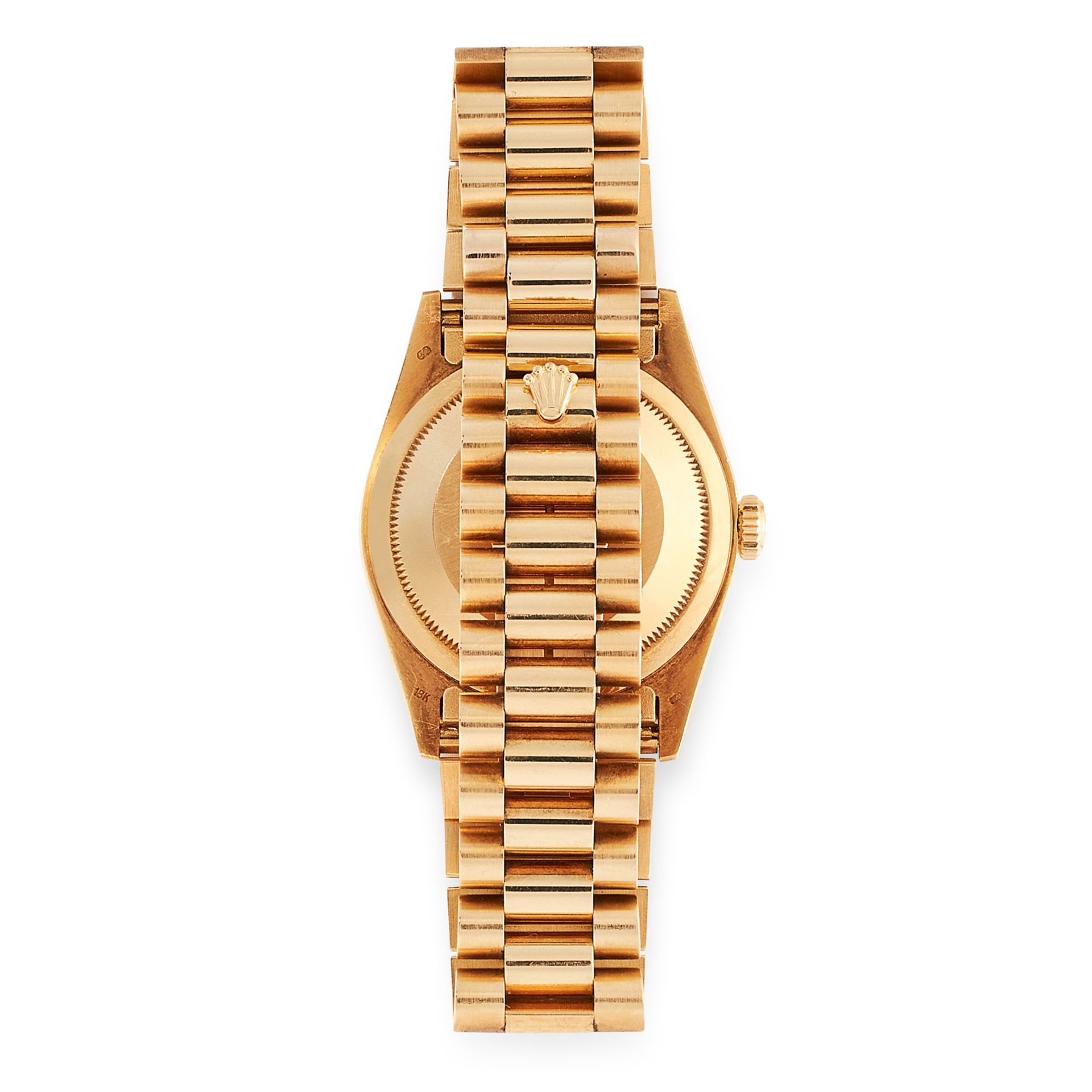Los 71 - A GENT'S OYSTER PERPETUAL DAY-DATE WRIST WATCH, ROLEX in 18ct yellow gold, the gold coloured dial