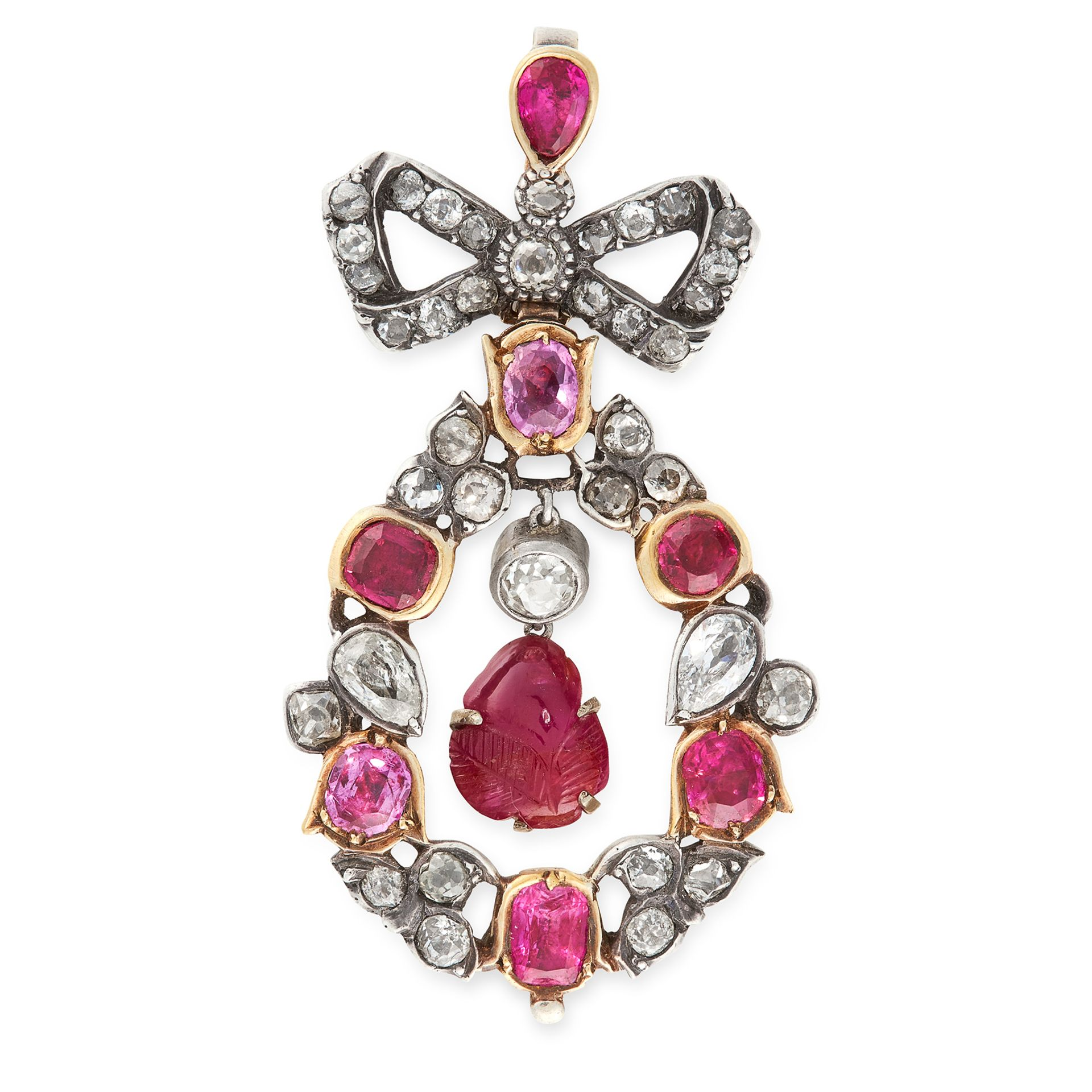 AN ANTIQUE RUBY AND DIAMOND PENDANT, EARLY 19TH CENTURY in yellow gold and silver, set at the centre