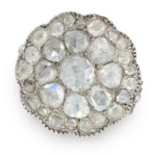 AN ANTIQUE DIAMOND CLUSTER RING, 19TH CENTURY in yellow gold and silver, the scalloped circular face