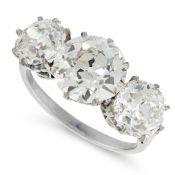 A DIAMOND THREE STONE RING, EARLY 20TH CENTURY in platinum, set with three old European cut diamonds