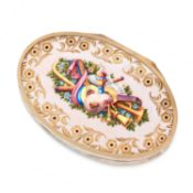 AN ANTIQUE ENAMEL SNUFF BOX, 19TH CENTURY in high carat yellow gold, probably Swiss or French, the