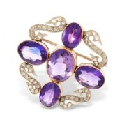 AN ANTIQUE AMETHYST AND DIAMOND BROOCH, 19TH CENTURY in yellow gold and silver, set with five oval