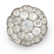 AN ANTIQUE DIAMOND CLUSTER DRESS RING, 19TH CENTURY in yellow gold and silver, the scalloped