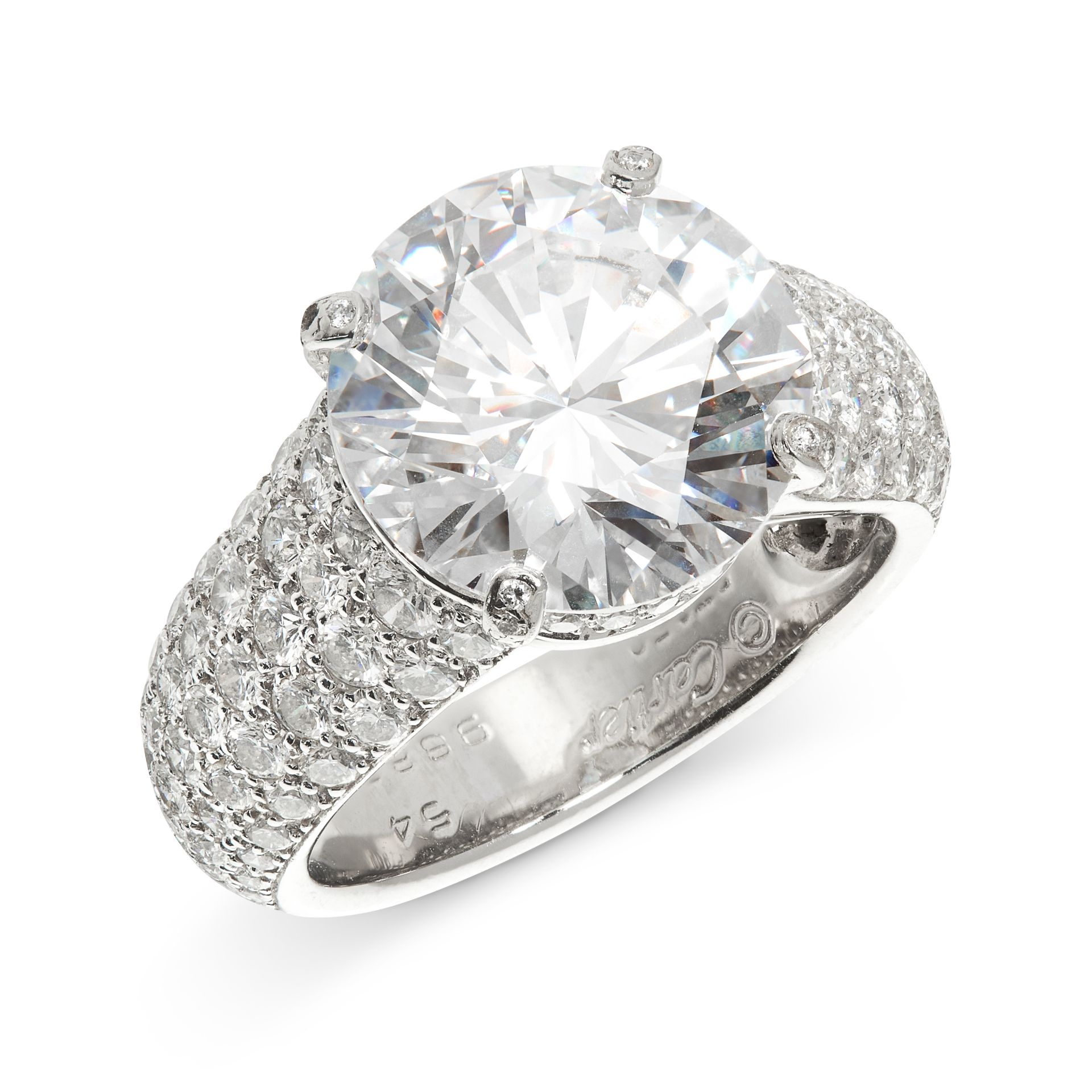 AN IMPORTANT 6.36 CARAT SOLITAIRE DIAMOND RING, CARTIER in platinum, set with a round cut diamond of - Bild 2 aus 2