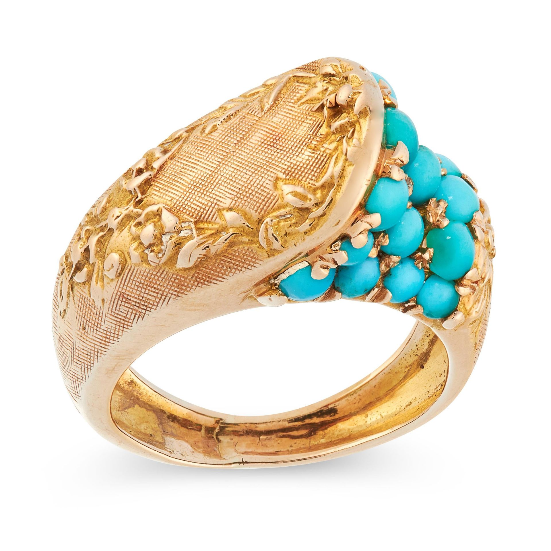 AN ANTIQUE TURQUOISE DRESS RING in 18ct yellow gold, the stylised body set with round cabochon