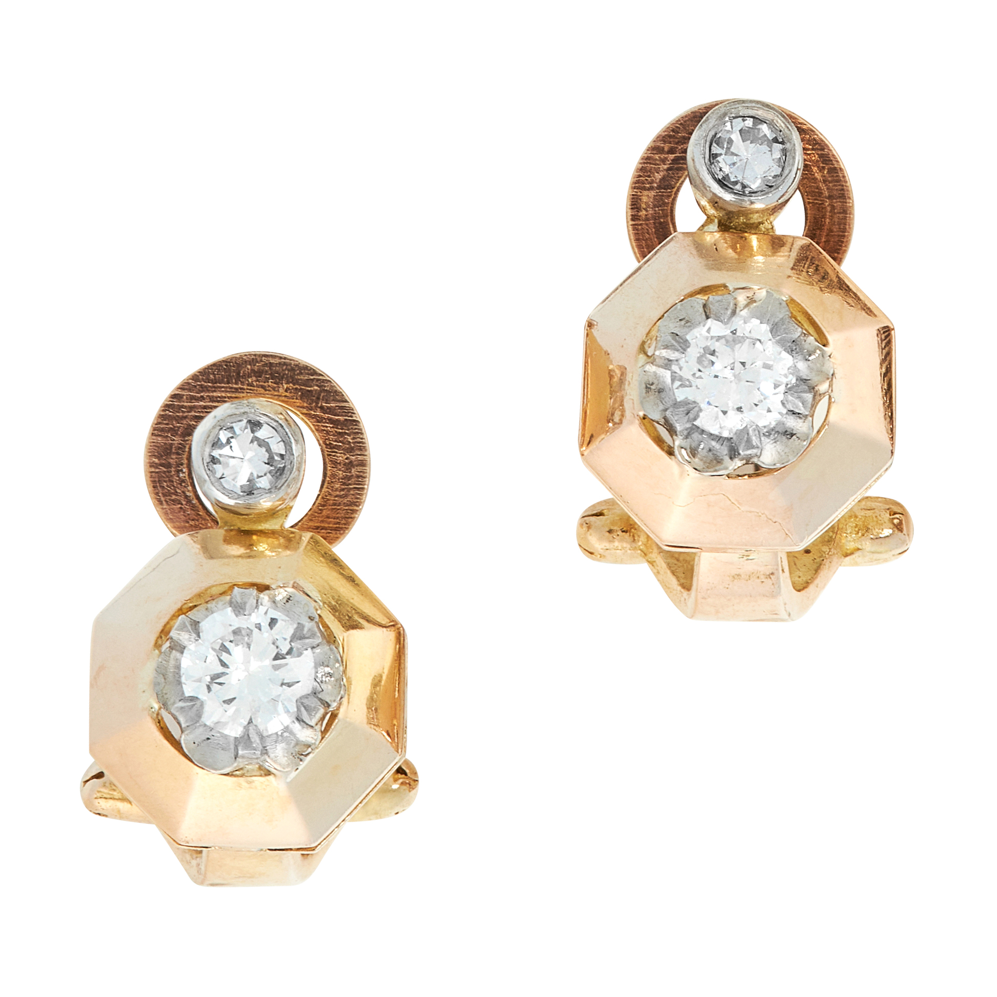 A PAIR OF VINTAGE DIAMOND STUD EARRINGS each set with a single cut diamond above a round cut diamond