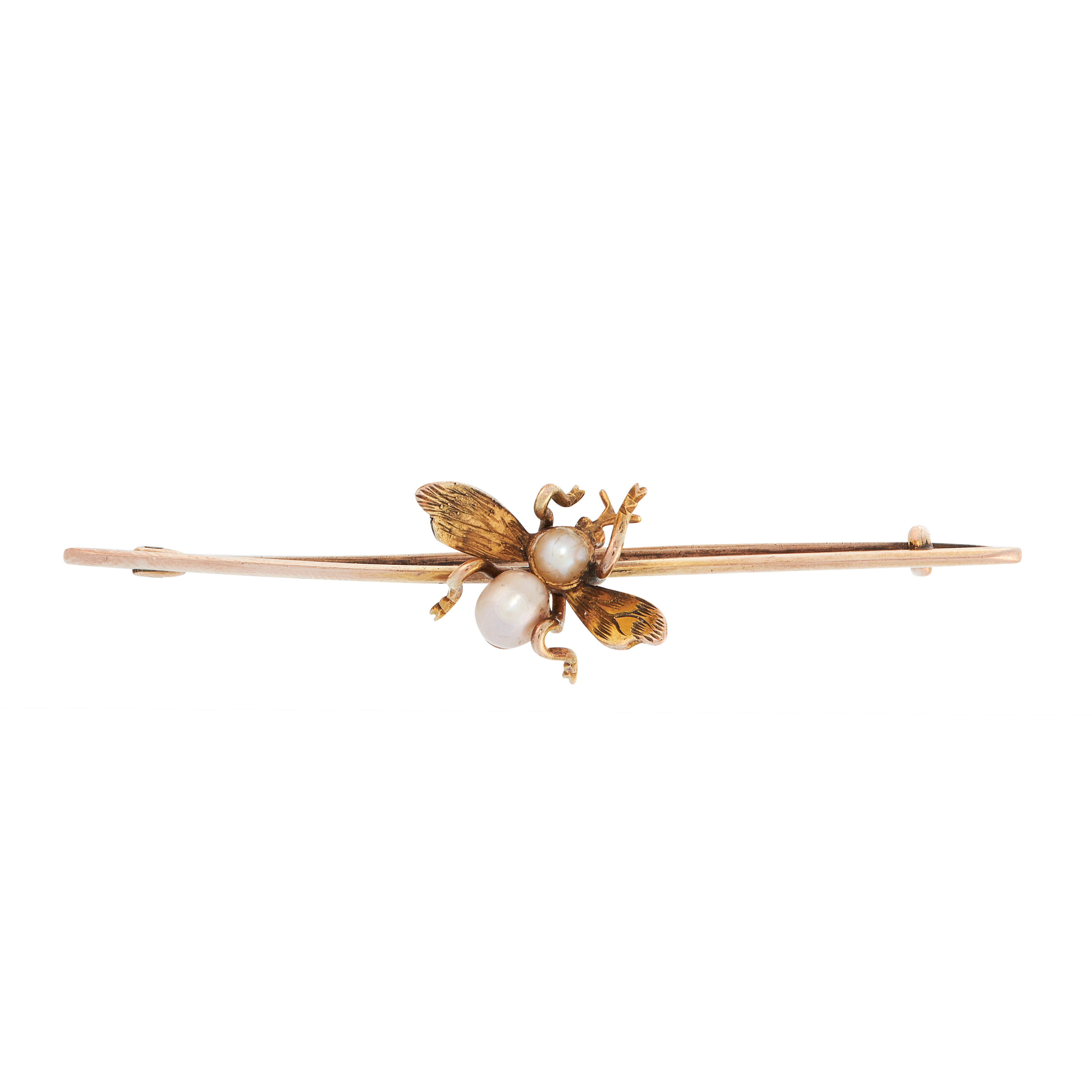AN ANTIQUE PEARL FLY BAR BROOCH in yellow gold, comprising of a fly set with two pearls to the body,