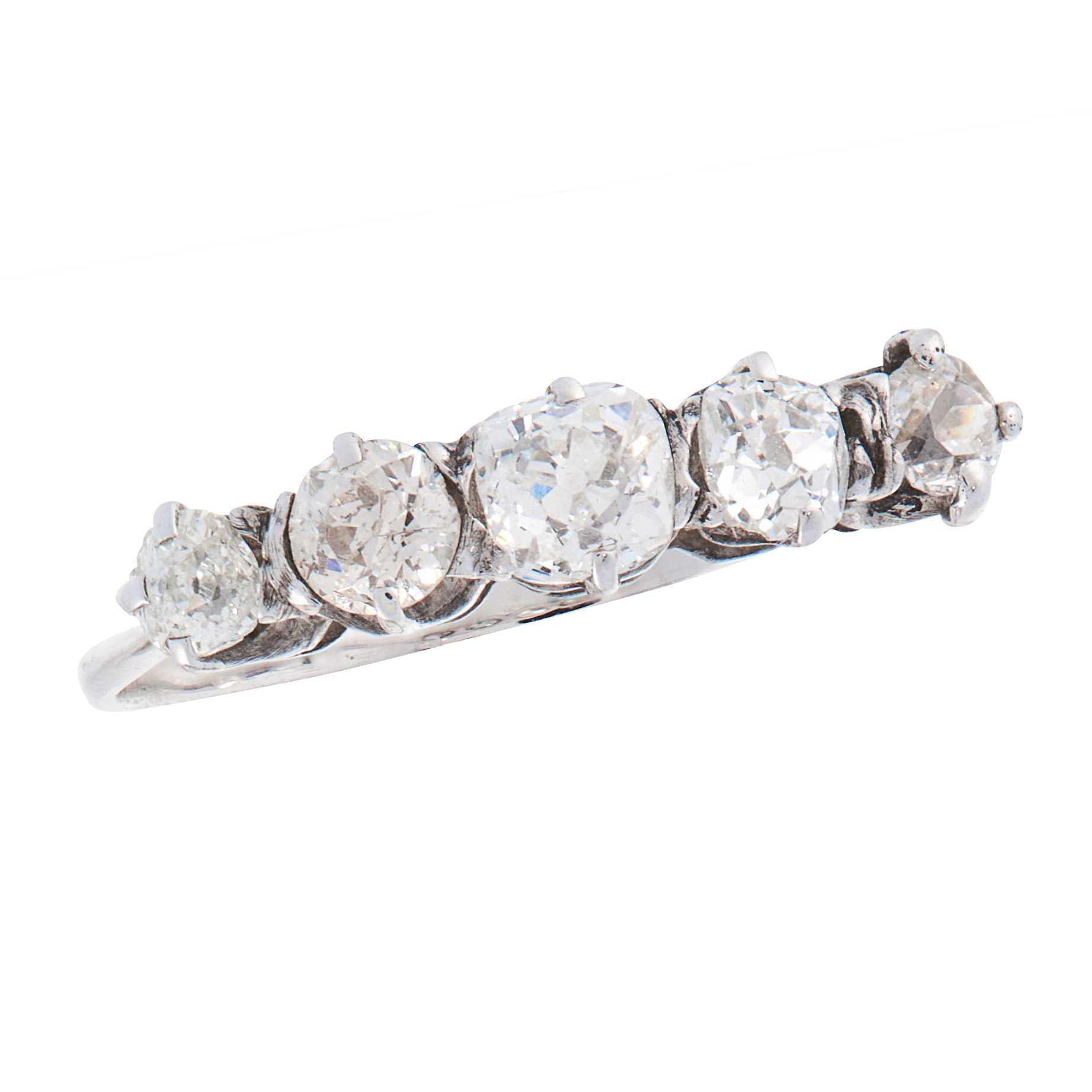 A DIAMOND DRESS RING, EARLY 20TH CENTURY in 18ct white gold, set with five graduated old cut
