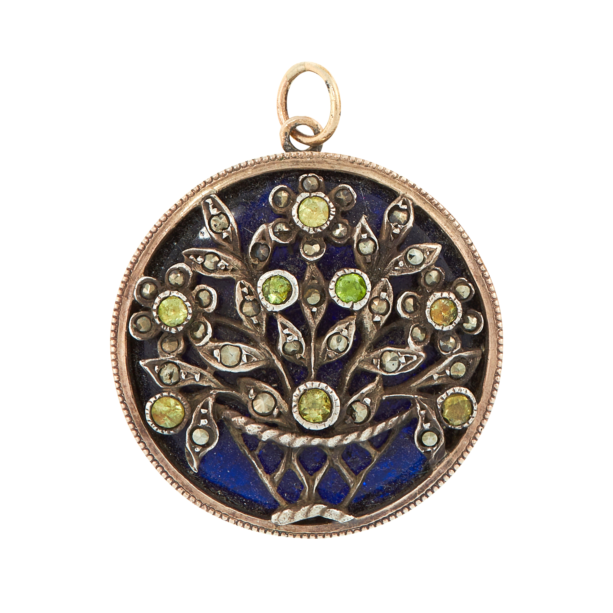 AN ANTIQUE PERIDOT AND BLUE GLASS PENDANT, CIRCA 1910 of circular design, set with a polished