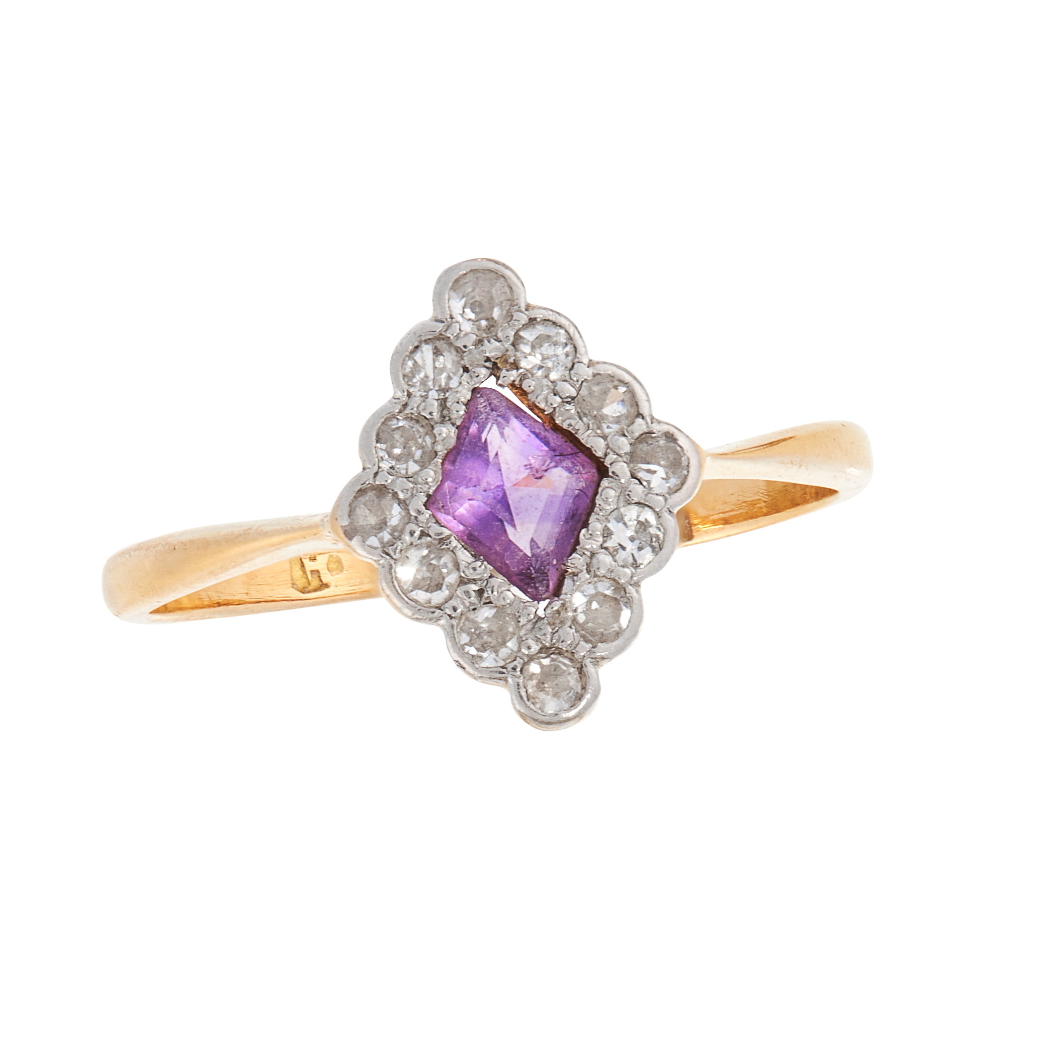 AN ART DECO AMETHYST AND DIAMOND DRESS RING, EARLY 20TH CENTURY in 18ct yellow gold and platinum,