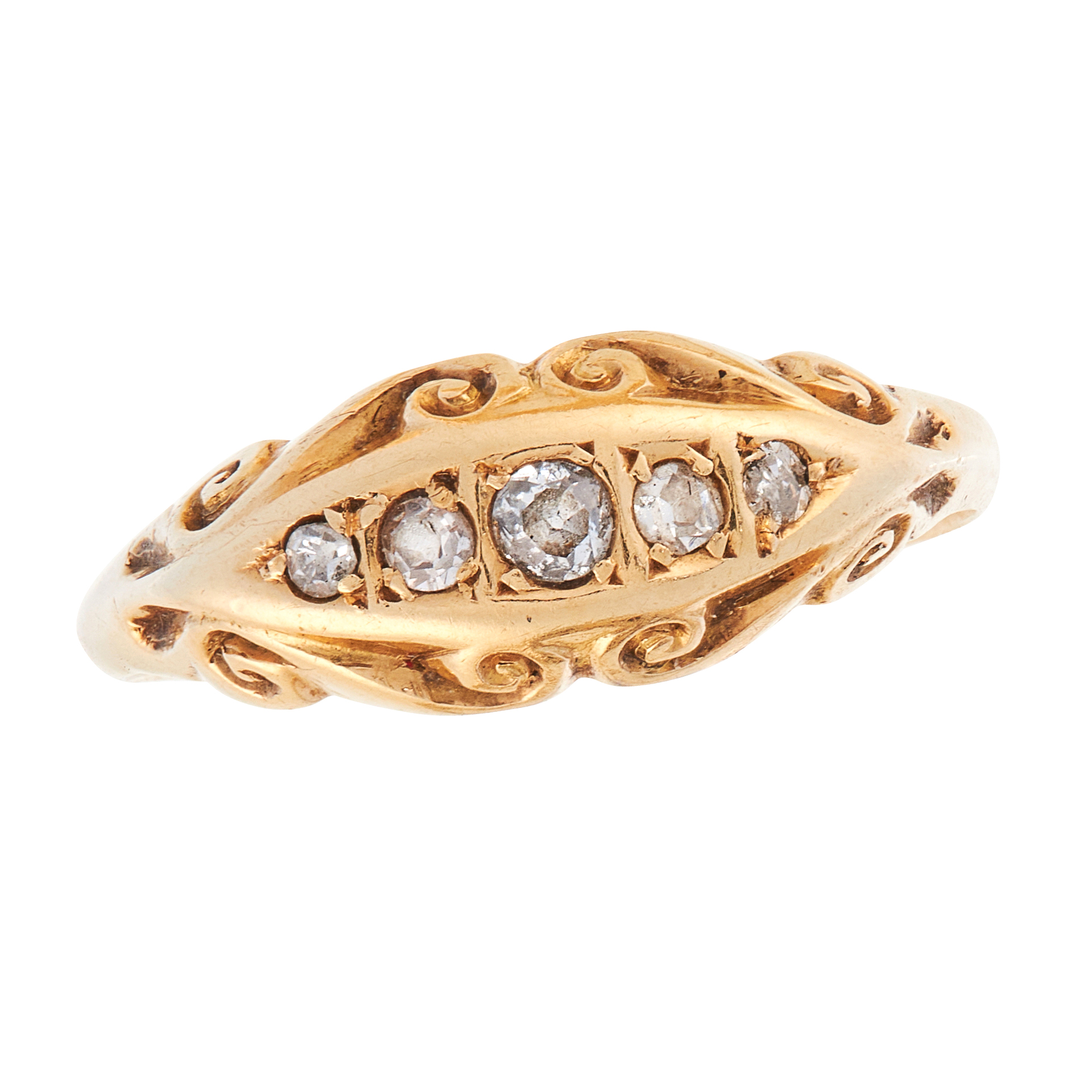 AN ANTIQUE DIAMOND DRESS RING, 1911 in 18ct yellow gold, set with five graduated old cut diamonds,