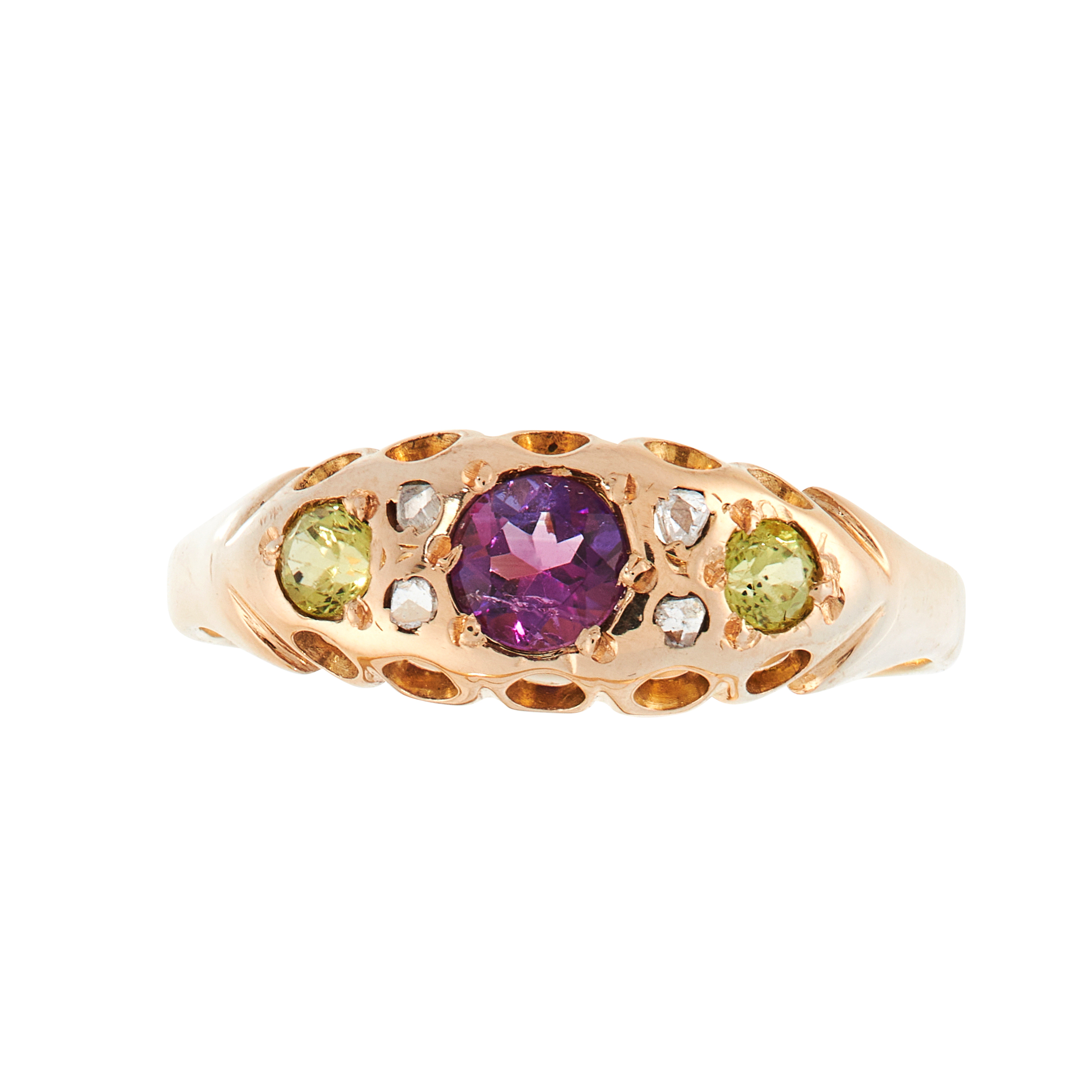 AN ANTIQUE AMETHYST, PERIDOT AND DIAMOND SUFFRAGETTE DRESS RING, EARLY 20TH CENTURY in 18ct yellow