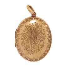 AN ANTIQUE MOURNING LOCKET PENDANT, 19TH CENTURY in 15ct yellow gold, the hinged oval body with