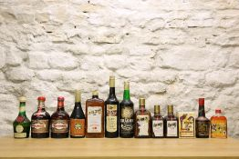 13 BOTTLES MIXED LOT INCLUDING LITRE, BOTTLES, HALF BOTTLES AND FLASK ASSORTED FINE LIQUEURS AND OTH