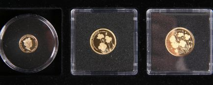 "A GOLD PROOF SOVEREIGN SET, ""THE OFFICIAL LEST WE FORGET GOLD SOVEREIGN SET"", comprising a full,"