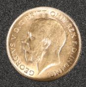 A 1911 HALF SOVEREIGN.