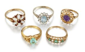 FIVE GEMSET RINGS,