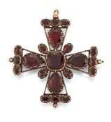 A 19TH CENTURY GARNET CROSS, POSSIBLY CONTINENTAL,