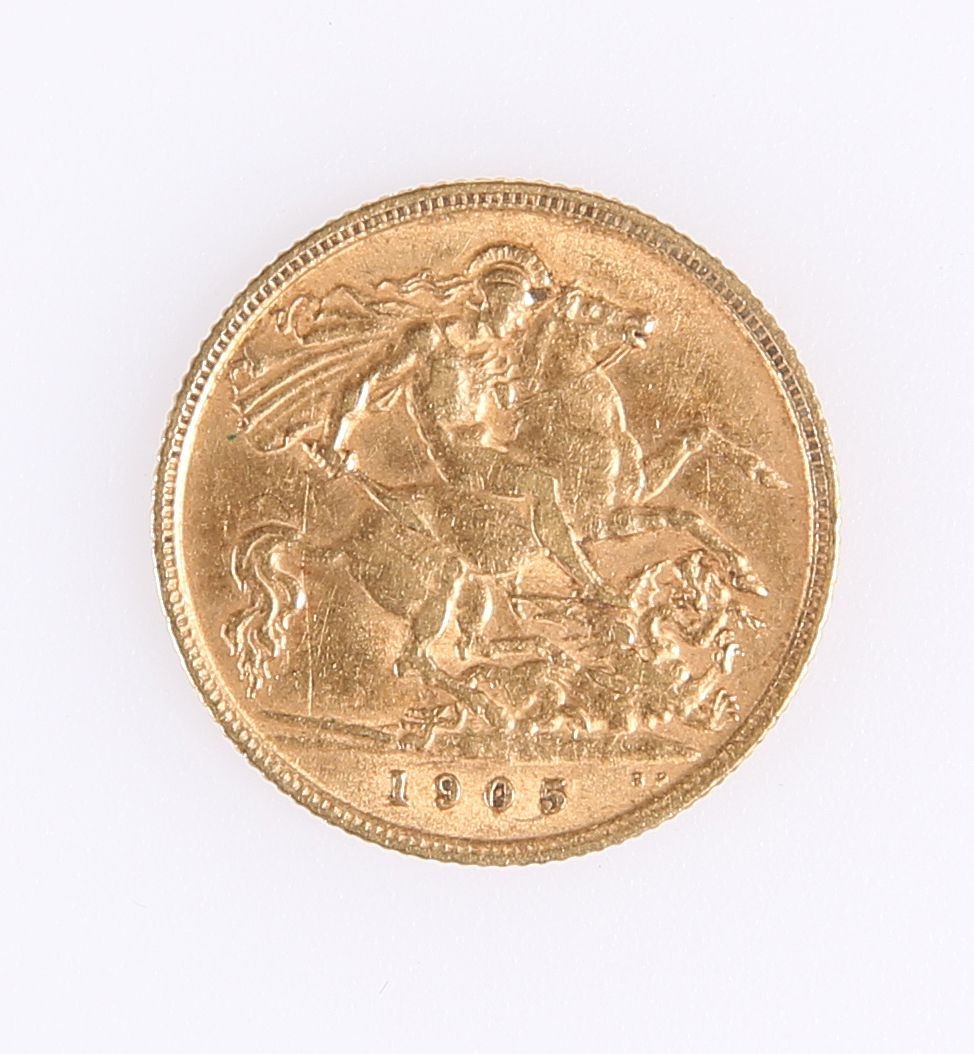A 1905 HALF SOVEREIGN, together with A 1959 SIX PENCE. (2) - Image 2 of 2