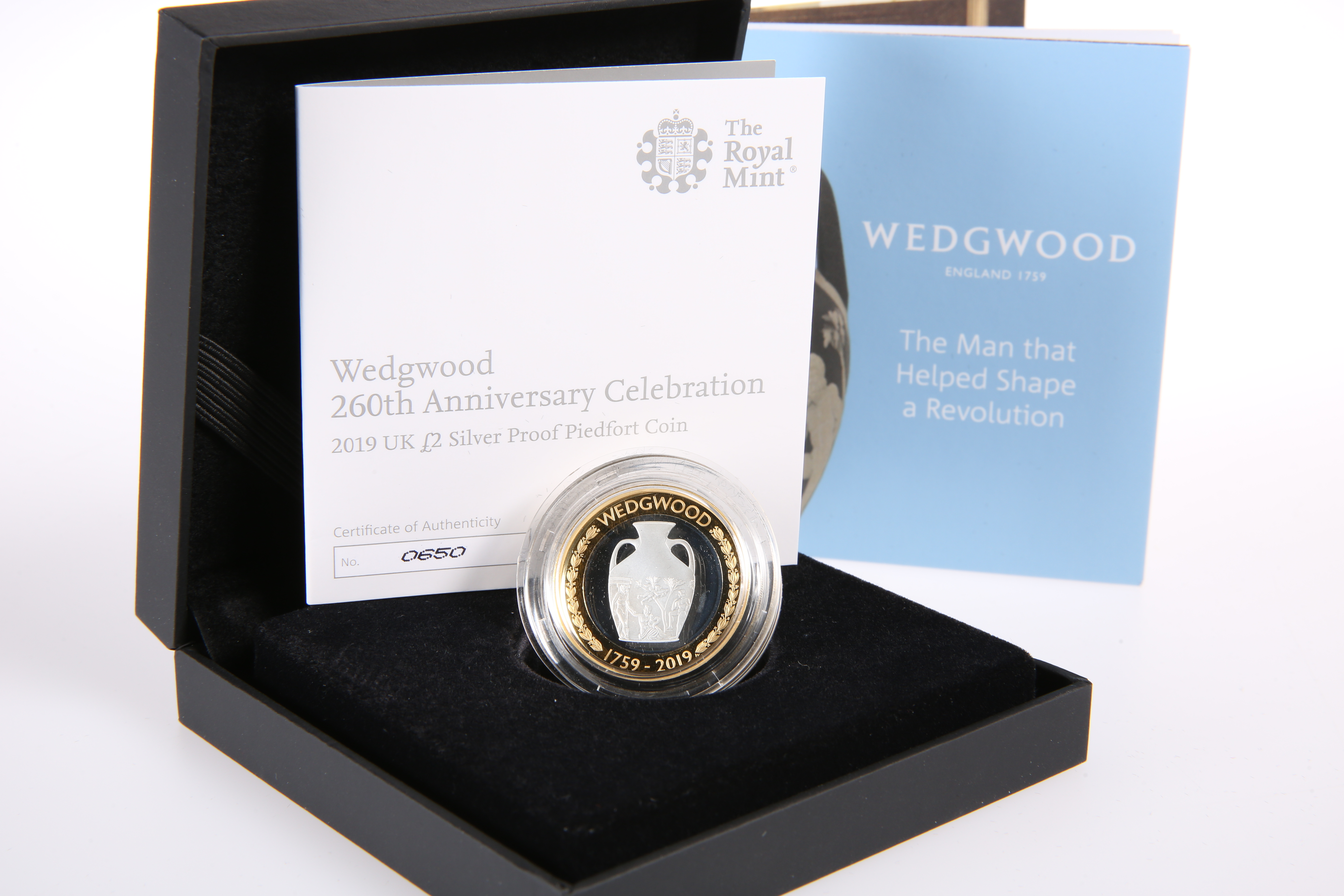 A ROYAL MINT WEDGWOOD 260TH ANNIVERSARY CELEBRATION 2019 £2 SILVER PROOF PIEDFORT COIN, boxed with